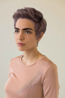 short haircut, lila Haar, kurzes Haar, Trendhaarfarbe, Woman